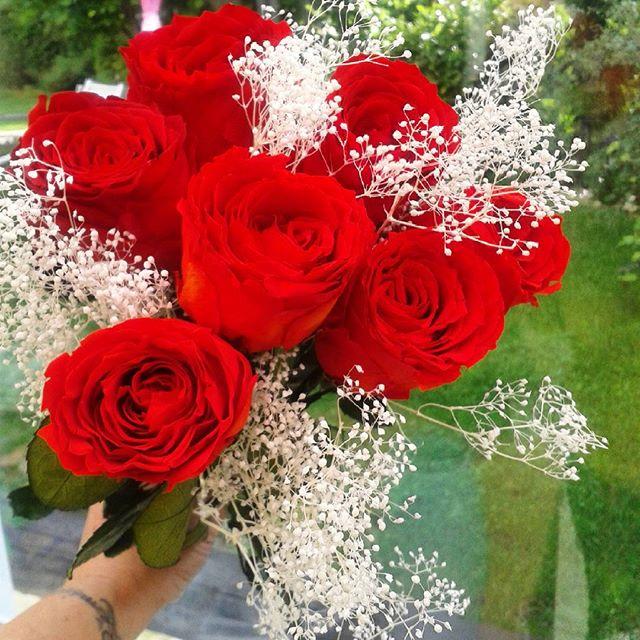 grand bouquet de roses ternelles rouge fleurs stabilis es. Black Bedroom Furniture Sets. Home Design Ideas