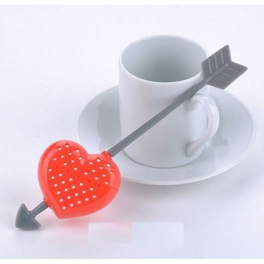Boule a the en silicone en forme de coeur fleche