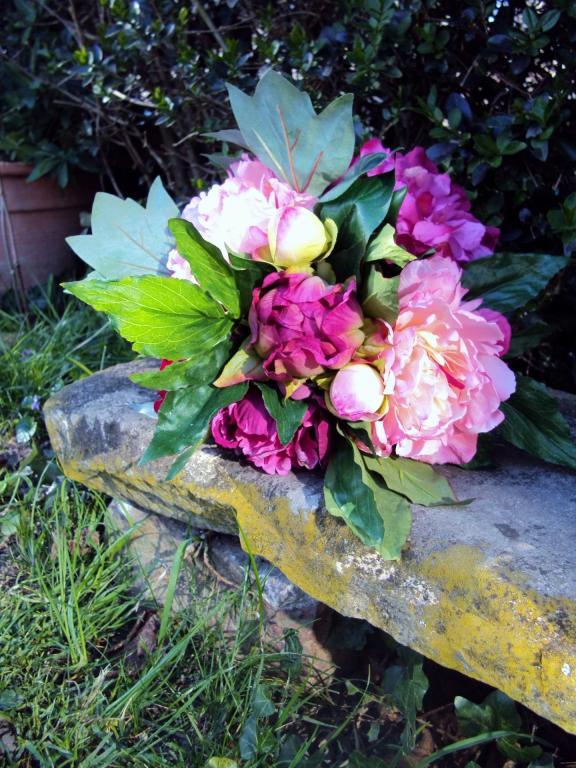 grand bouquet pivoine rose blanc qualite fleurs artificielles en soie mariage. Black Bedroom Furniture Sets. Home Design Ideas