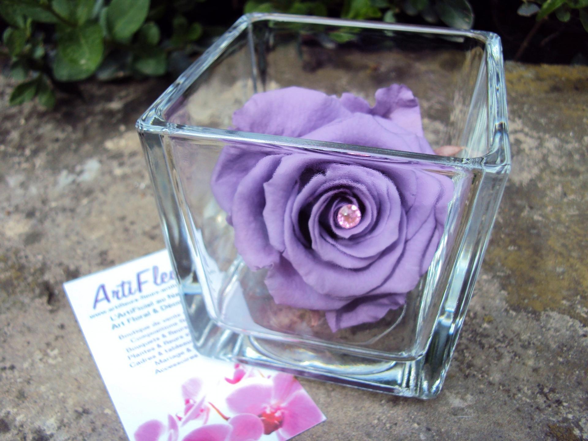 vase cube rose éternelle artifleurs