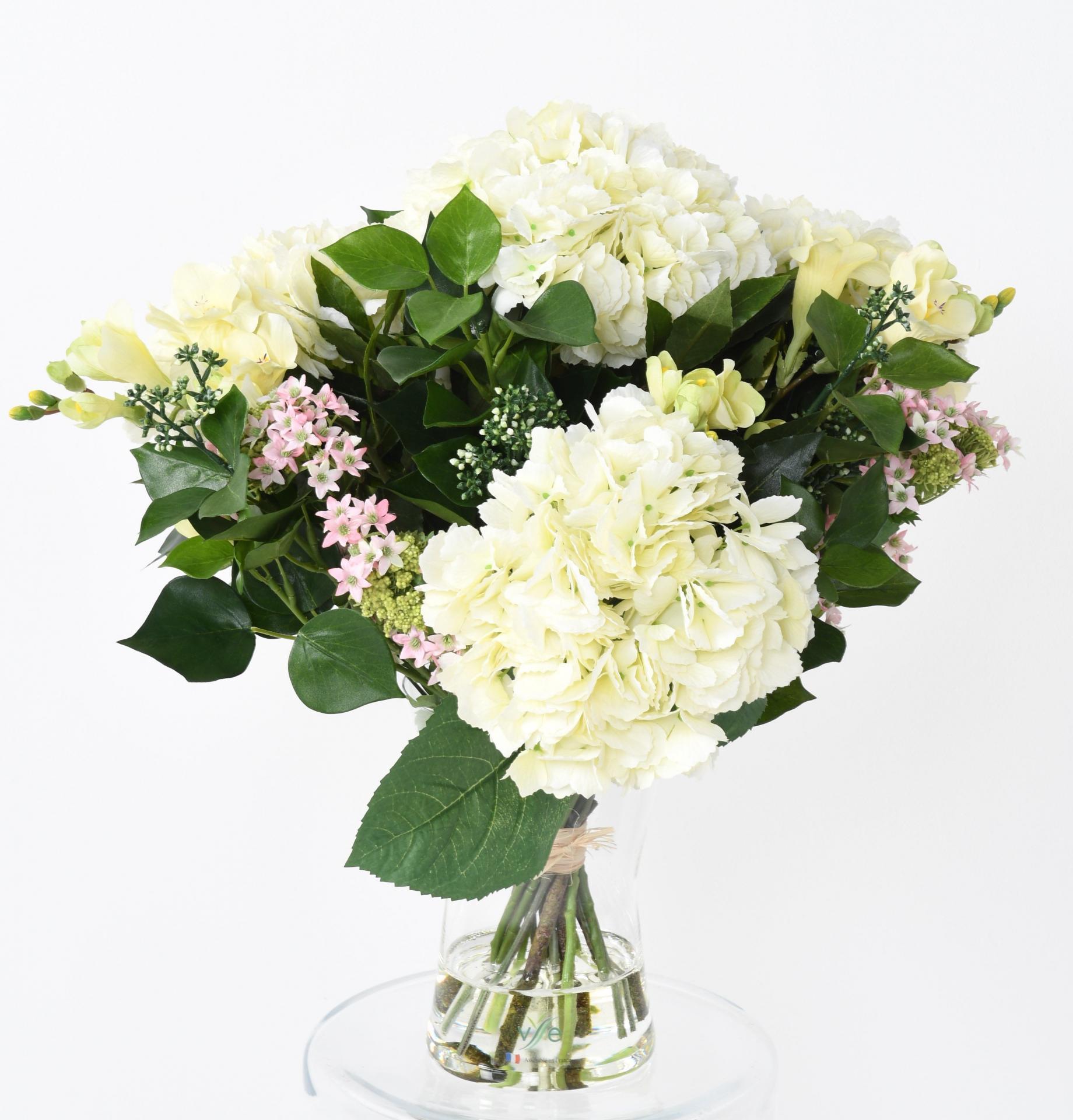 250bouquet hortensia et lierre baie blanc