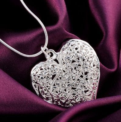 Collier coeur 1