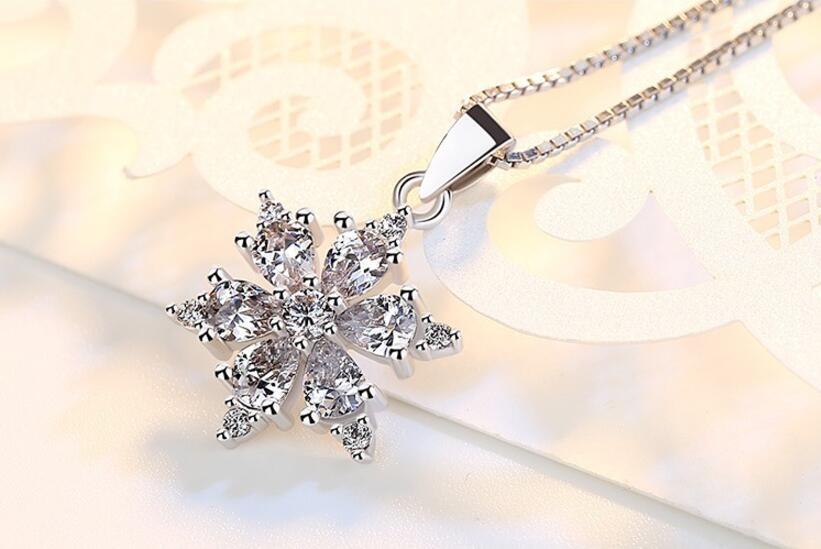 Collier reine de neige2